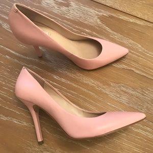 Pink Guess Pumps